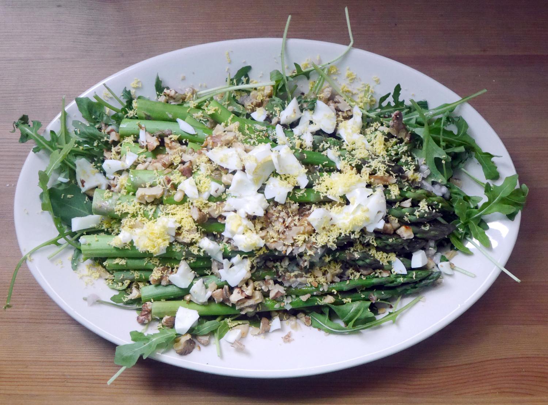 Warm Asparagus & Walnut Salad